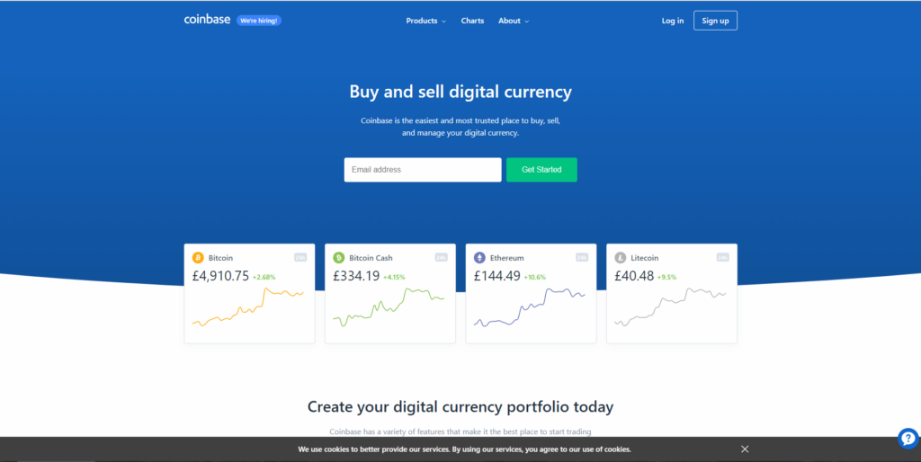 На главной странице сайта Coinbase нет ничего лишнего, а сверху меню выбора сервиса.