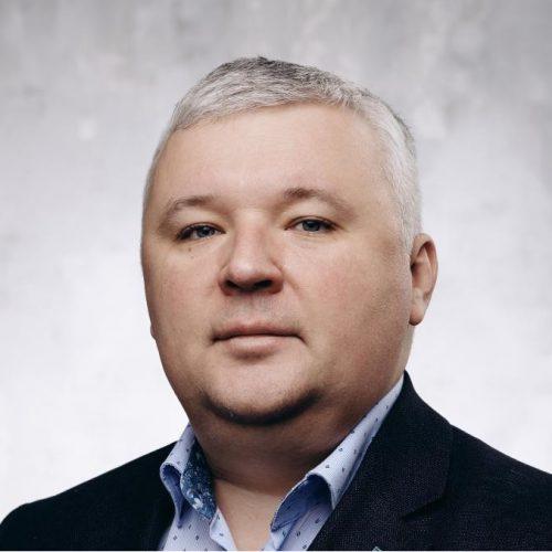 Денис Душнов