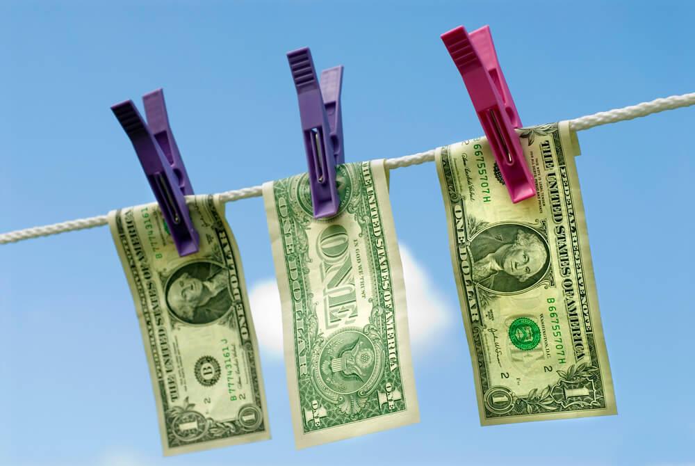 Отмывание денег через банк