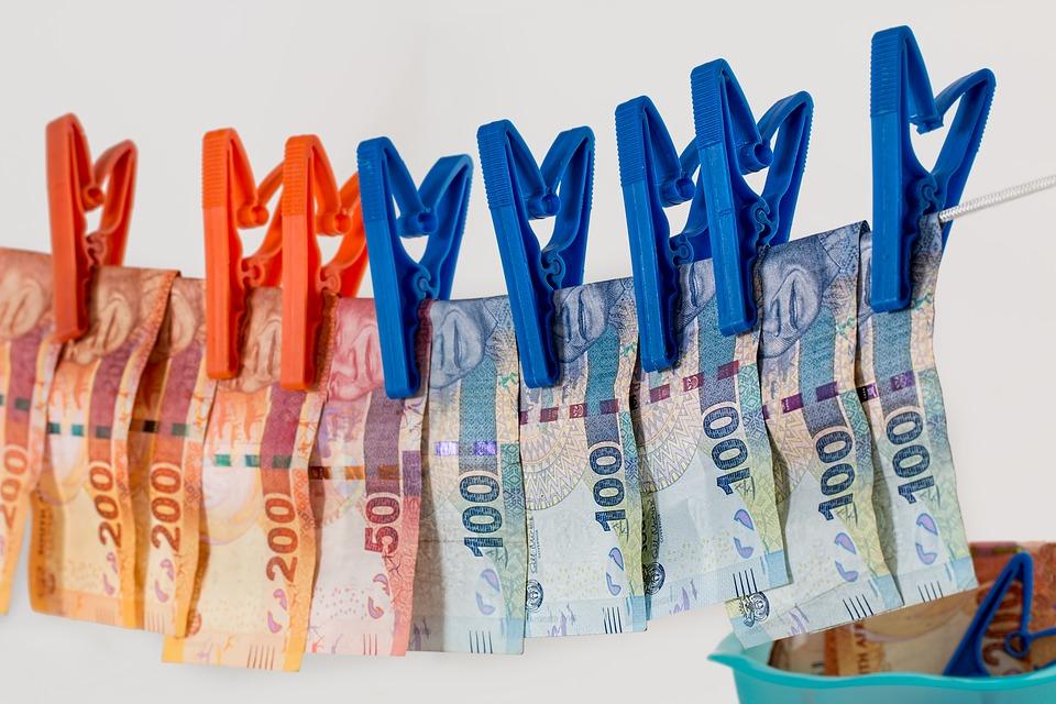 Борьба с отмыванием денег