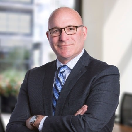 Роб Фармер, управляющего директора Charles Schwab по корпоративным связям