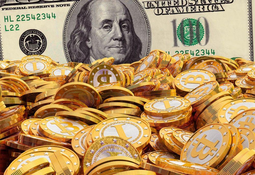 Биткоин догонит доллар