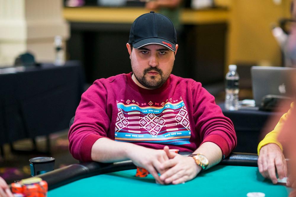Деннис Блиден – профессиональный игрок в покер