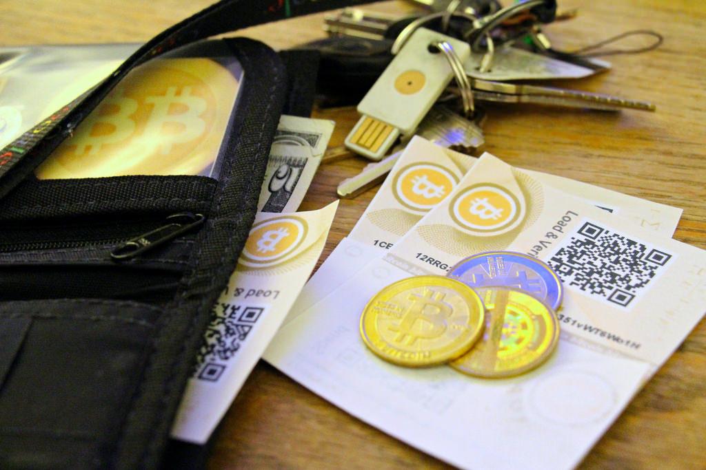 Способы хранения биткоинов